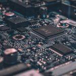 Vejen til at udvikle effektive kvantecomputere