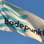 Badepunkt-flagene er hejst ved tre badesteder